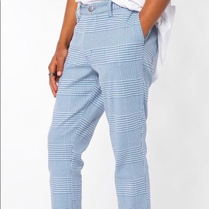 BLUE HOUNDSTOOTH PLAID SLIM TAPERED PANT